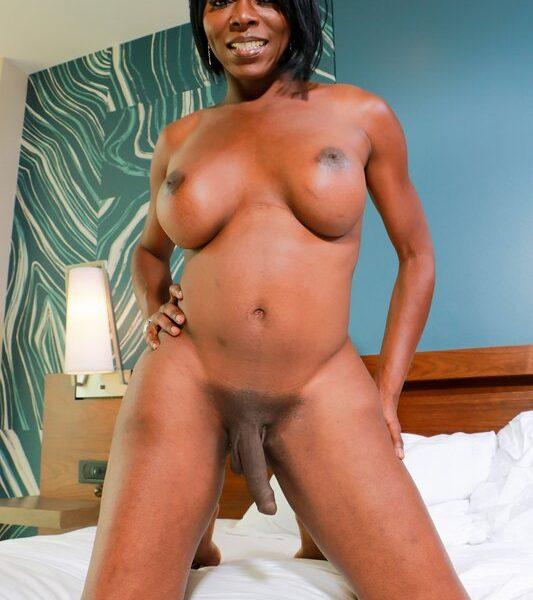Vivian Spice Babe