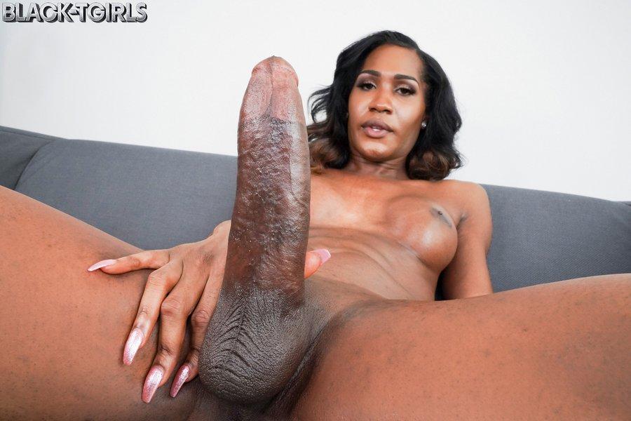 Mistress Venom Tgirl